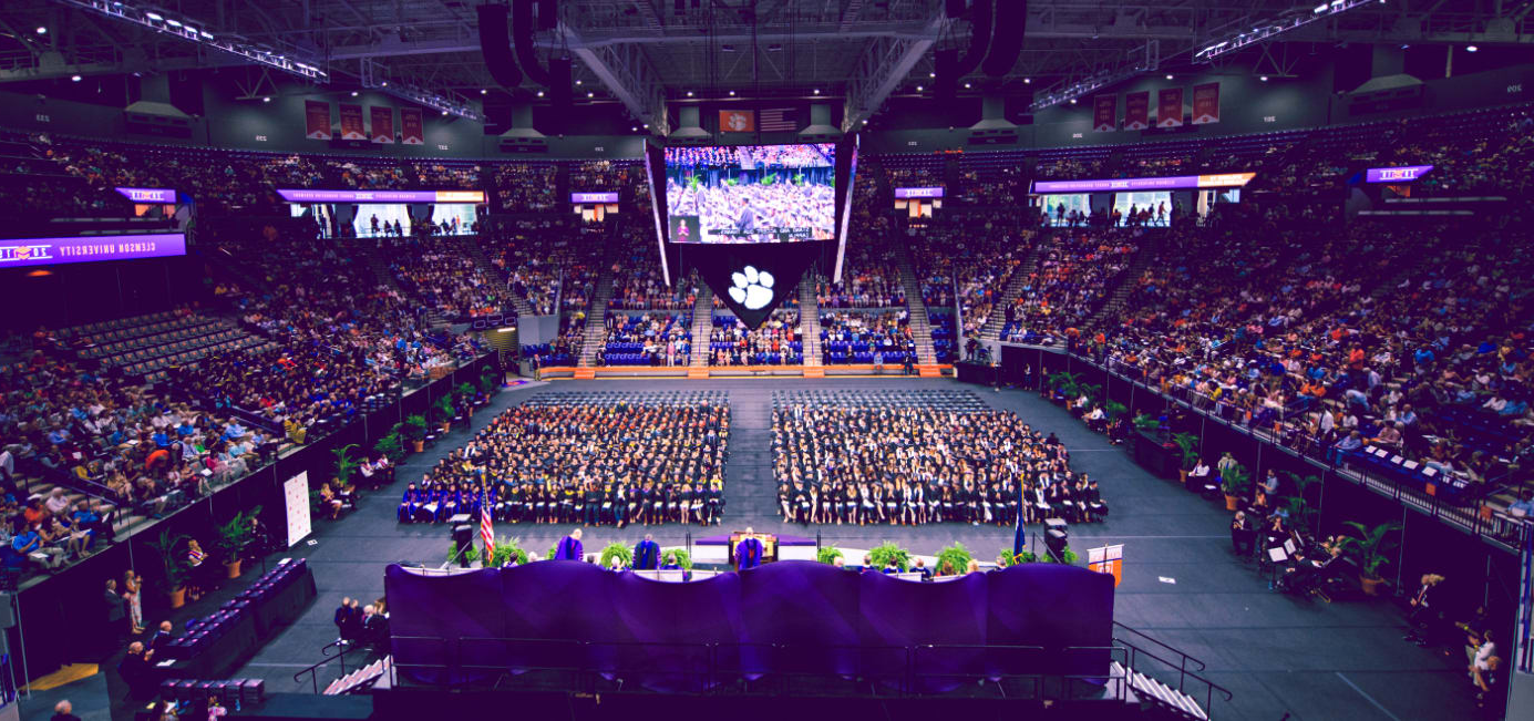 总统 Clements addresses the class of 2019 during a graduation ceremony in Littlejohn Coliseum.